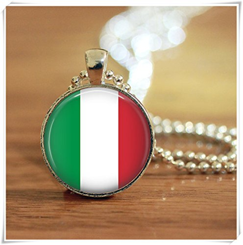 Magical magnet Italian Flag Pendant, Italian Flag Keychain, Italian Flag Necklace, Italian Flag Jewelry