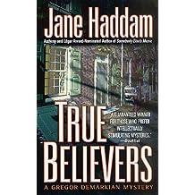 True Believers: A Gregor Demarkian Novel (The Gregor Demarkian Holiday Mysteries)