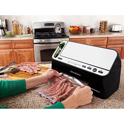 FoodSaver V4440 2-in-1 Automatic Vacuum Sealing System with Bonus Built-in Retractable Handheld Sealer & Starter Kit, Black Finish by FoodSaver (Image #2)