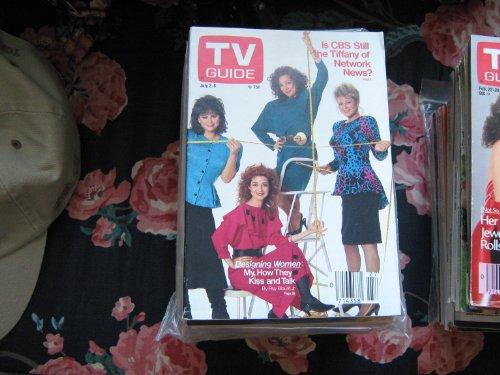 Tv Guide (Designing Woman....Dixie Carter , Delta Burke , Jean Smart , Annie Potts, July 2-8 , 1988)