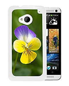 New Custom Designed Cover Case For HTC ONE M7 With Heartseasae Flower Mobile Wallpaper (2) Phone Case