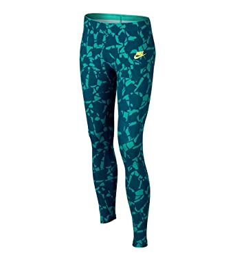 7798669f NIKE Big Girls' (7-16) Allover Print Training Leggings-Green: Amazon.co.uk:  Clothing