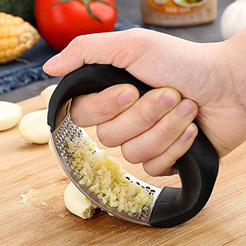 Garlic Press Squeezer, Yeebline Garlic Presser Stainless Steel Garlic Ginger Rocker/Crusher/Chopper/Squeezer with Ergonomic Handle, Garlic Cutting Mince Tool Cutter for Home/Kitchen/Outdoor (Black)