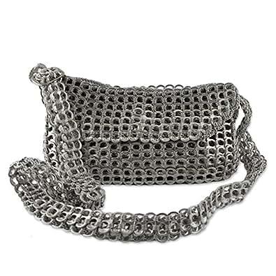 Amazon.com: Novica metálico aluminio reciclado bolsas de ...