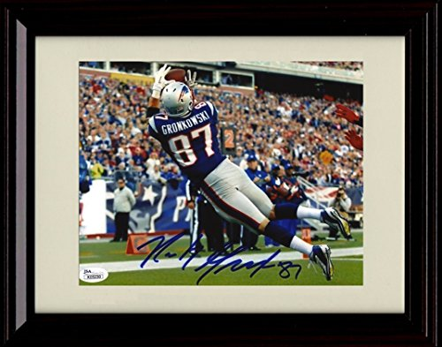 Framed Rob Gronkowski Autograph Replica Print   End Zone Catch