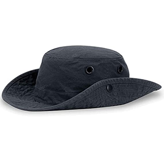 e1157cfca885c Tilley T3 Wanderer Cotton Duck Medium Brim Hat  Amazon.co.uk  Clothing