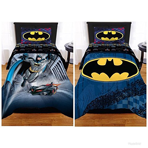 (Batman The Dark Knight Kids Twin/Full Bedding Reversible Comforter)