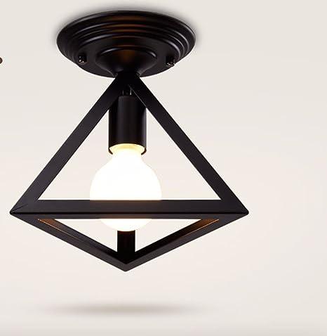 Luz de techo led se enciende una lámpara recibidor ...