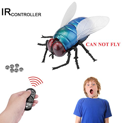 y Toy, Giveme5 Infrared Remote Control Mock Fake Fly Flies Giant Housefly RC Novelty Toy Model Prank Insects Joke Scary Trick Bugs for Party Favors (Giant Fly - Blue) - CAN NOT FLY (Electric Fly Toy)