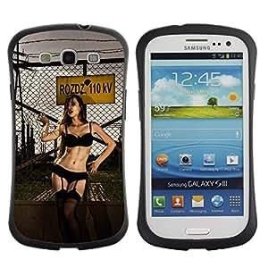All-Round híbrido de goma duro caso cubierta protectora Accesorio Generación-I BY RAYDREAMMM - Samsung Galaxy S3 I9300 - Sexy Woman Black Lingerie Fence Yard Slum