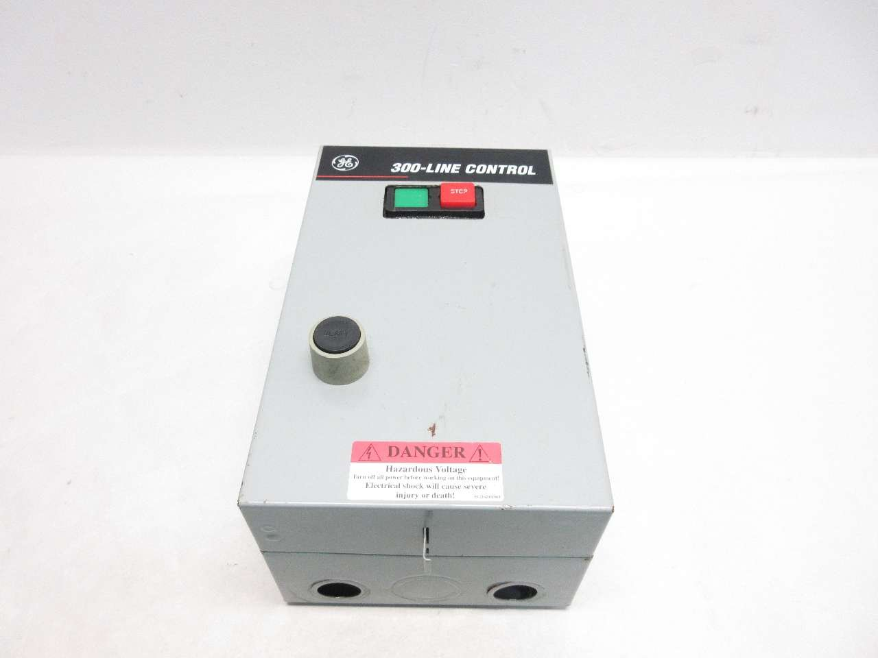 GENERAL ELECTRIC CR306B102 300-LINE CONTROL 120V 5HP 18A SIZE 0 STARTER D519508