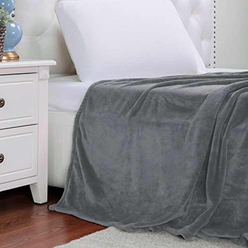 Flannel Blanket Lightweight Microfiber Bedsure product image