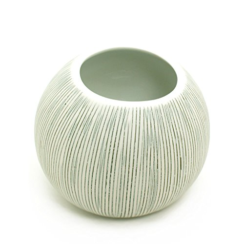 BloomyLife Handmade White Porcelain Ceramic Flower Pots / Planter Pots Pettra Small: Black Stripes