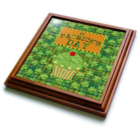 (3dRose Beverly Turner St Patrick Day Design - St Patrick Day Cup Cake, Cherry on Top, Four Leaf Clover Plaid Design - 8x8 Trivet with 6x6 ceramic tile (trv_280571_1))