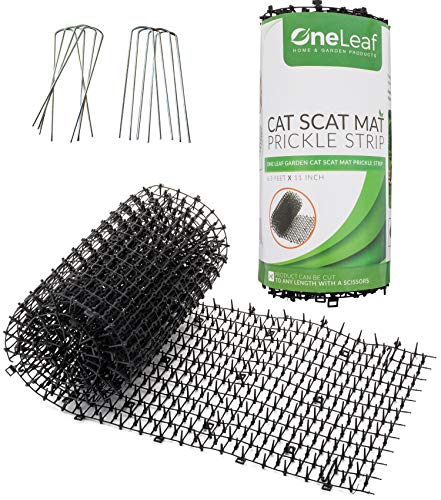 Homarden Garden Cat Scat Mat - Anti-cat and pest Prickle Strip (6.5 ft) - 8 Garden Staples Included