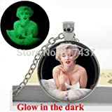 Pretty Lee Glow In The Dark Necklace Marilyn Monroe Necklace Movie Star Jewelry Art Glass Cabochon Necklace Pendant Glowing Jewelry
