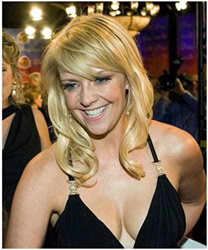 Amanda Tapping  Photo Sexy Black Dress Big Smile Pose 2 Kn