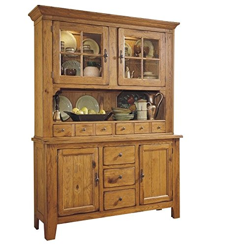Amazon.com   Broyhill Attic Heirlooms China Base And Hutch In Natural Oak  Stain   China Cabinets