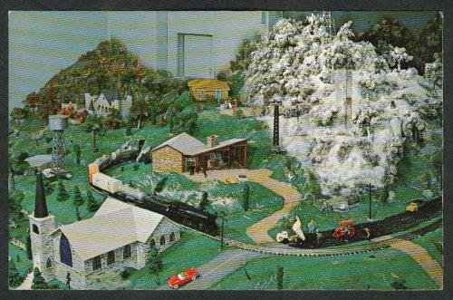 (Denton Hill Ski Area Model Railroad Choo Choo Barn Strasburg PA postcard 1950s)