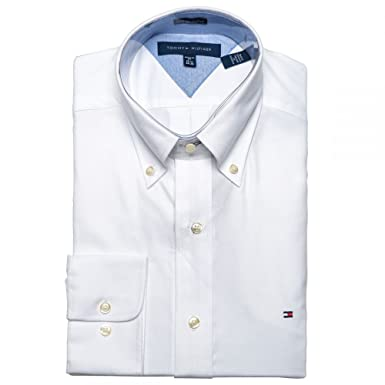ba1848ae88961f Tommy Hilfiger Men s Slim Fit Dress Shirt Long Sleeve Broadcloth with Flag  Logo at Amazon Men s Clothing store