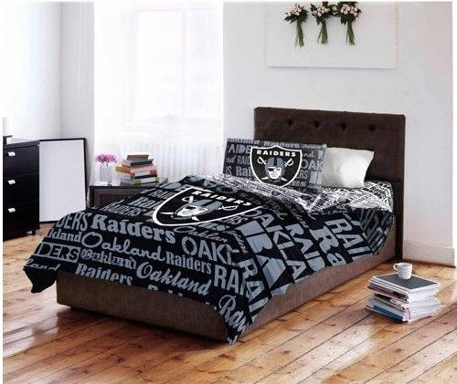 Oakland Raiders NFL Full Comforter & Sheet Set (5 Piece Bedding)