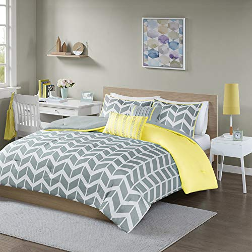 Intelligent Design Nadia Comforter Set, Twin/Twin XL, Yellow (Yellow Comforter Bright)