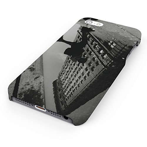 Koveru Back Cover Case for Apple iPhone 5S - The Shadow of Building