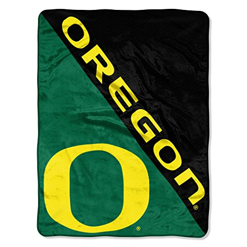(The Northwest Company Officially Licensed NCAA Oregon Ducks Halftone Micro Raschel Throw Blanket, 46