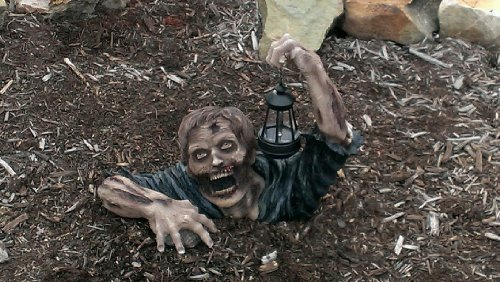Twilight of the Dead Zombie Solar Light