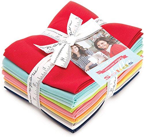 Bundle Bonnie (Bonnie & Camille Bella Solids Designer Series 12 Fat Quarter Bundle Moda Fabrics 9900ABBC)