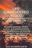 Life Surrendered in God, Roy Eugene Davis, 8120814967