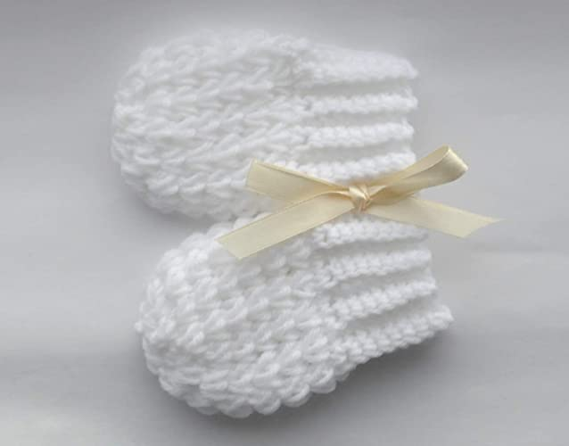 ebaee6bf637c Amazon.com  Handmade Soft Newborn Mittens Set Baby Shower Gift ...