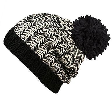 87e3941e744 Ladies Chunky Marl Pom Pom Hat BLACK CREAM  Amazon.co.uk  Clothing