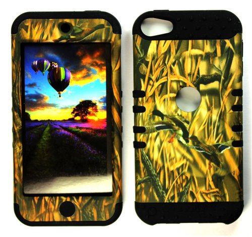 CellPhone Trendz Hybrid 2 in 1 Case Hard Cover Faceplate Skin Black Silicone and Camo Mossy Hunter Flying Duck Snap Protector for Apple iPod iTouch 5 (5th Generation)