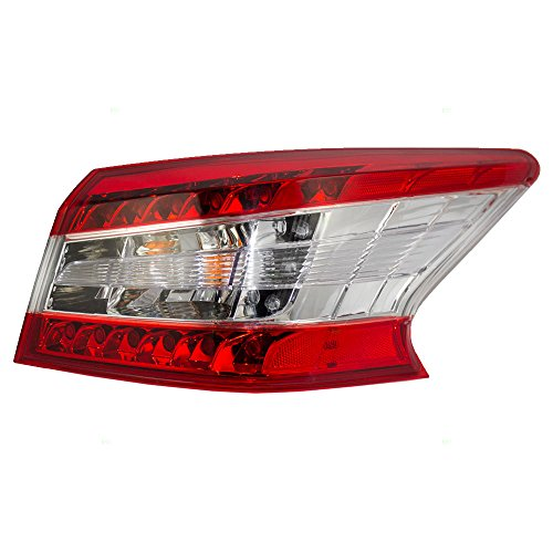 Tail Light Lamp Passengers Quarter Panel Mounted Right Rear Assembly Replacement for 13-15 Nissan Sentra 26550-3SG0A AutoAndArt