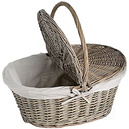 Vintiquewise(TM Oval Willow Picnic Basket with Lid