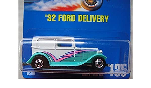 135 /'32 FORD DELIVERY WHITE HOT WHEELS 1991 BLUE CARD COLL