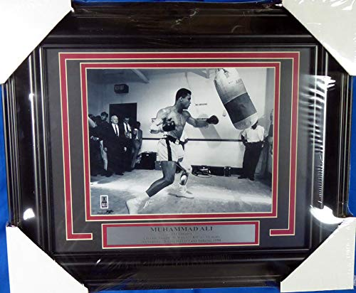 - Muhammad Ali Unsigned Framed 8x10 Photo Stock #138062