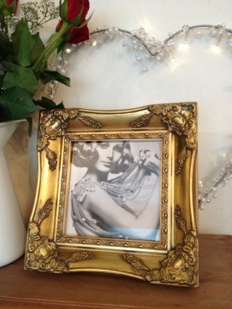 Square Ornate Gold Antique Picture Frame 6x6: Amazon.co.uk: Kitchen ...