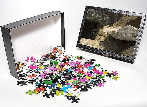 Photo Jigsaw Puzzle of Small Hindu temple in middle of the Narmada River