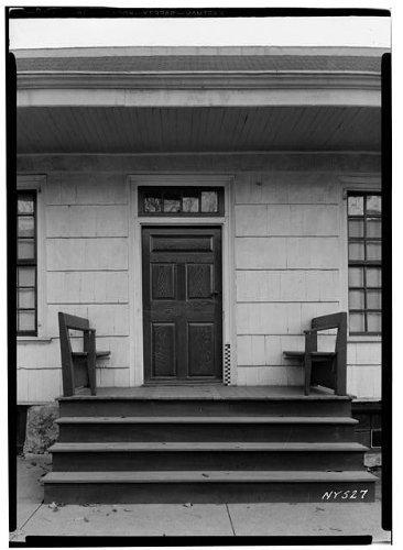 Photo: Woodward House,1891 Flushing Avenue,Maspeth,Queens County,NY - Shopping Flushing Center