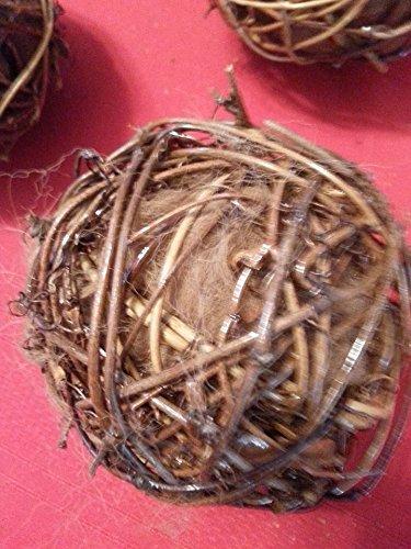3 Bird Nesting Balls, Grapevine 4 in. balls filled with Alpaca Fiber (Luxury nest building) (Building Nest Bird)