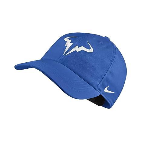 4572648f22181 Amazon.com   NikeCourt AeroBill Rafa Hat H86 (Signal Blue White ...