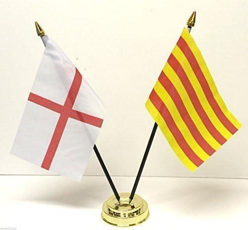 Inglaterra y Cataluña bolas de cristal doble juego de banderines de España mesa + Base: Amazon.es: Hogar