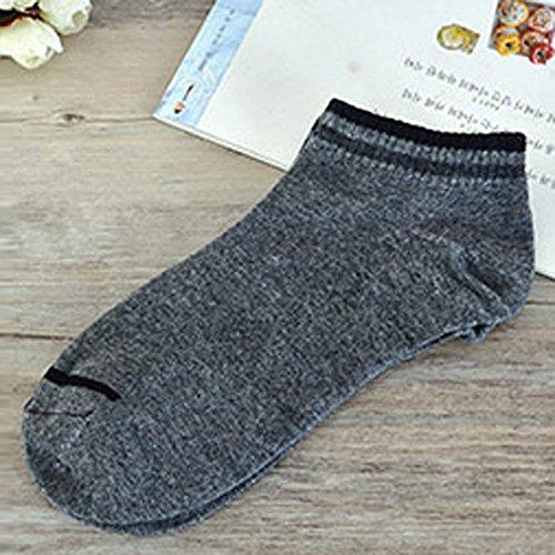 Socks Women Ankle Cut Troent Hip Hop Men Creative Harajuku Stripe Cotton Skateboard Sock Comfortable Socks ()
