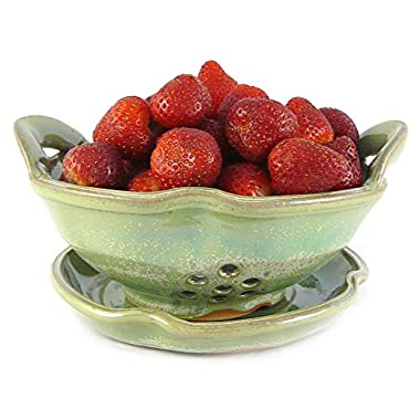 American Made Stoneware Pottery Berry Bowl, Tea Green Glaze