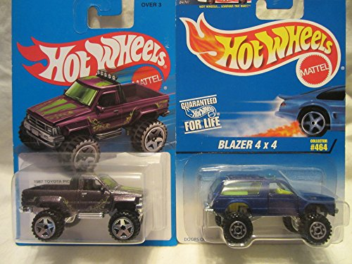 Hot Wheels Blue Blazer 4x4 #464 & Purple 1987 Toyota Pickup Die Cast 1/64 Scale 2 Car Bundle!