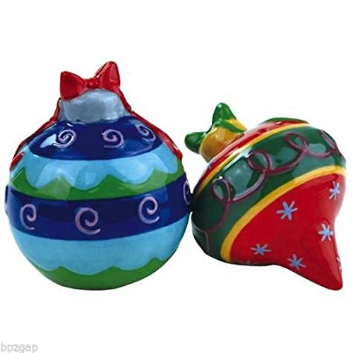 Westland Giftware Mwah Ornaments Magnetic Ceramic Salt and Pepper Set, 3.25-Inch ()