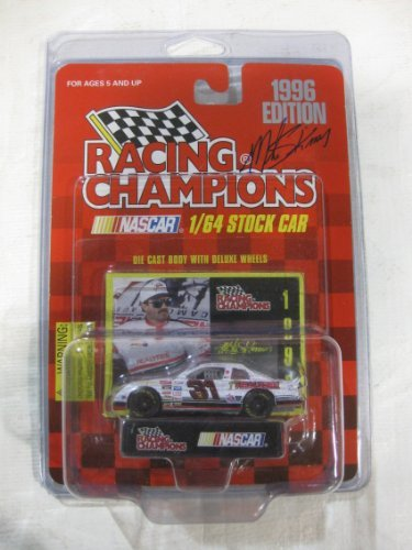 Nascar Die-cast #31 Mike Skinner 1996 Edition Team Realtree Racing Team REPLICA of a Chevy Monte Carlo Series Car Includes Trading Card and Display Stand in a 1:64 scale Manufactured by Racing Champions