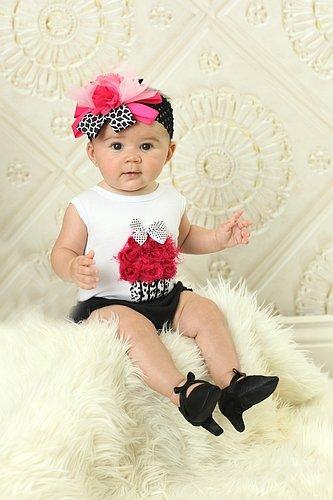 2458eba625a9 Amazon.com   Pee Wee Pumps-DIVA   Baby